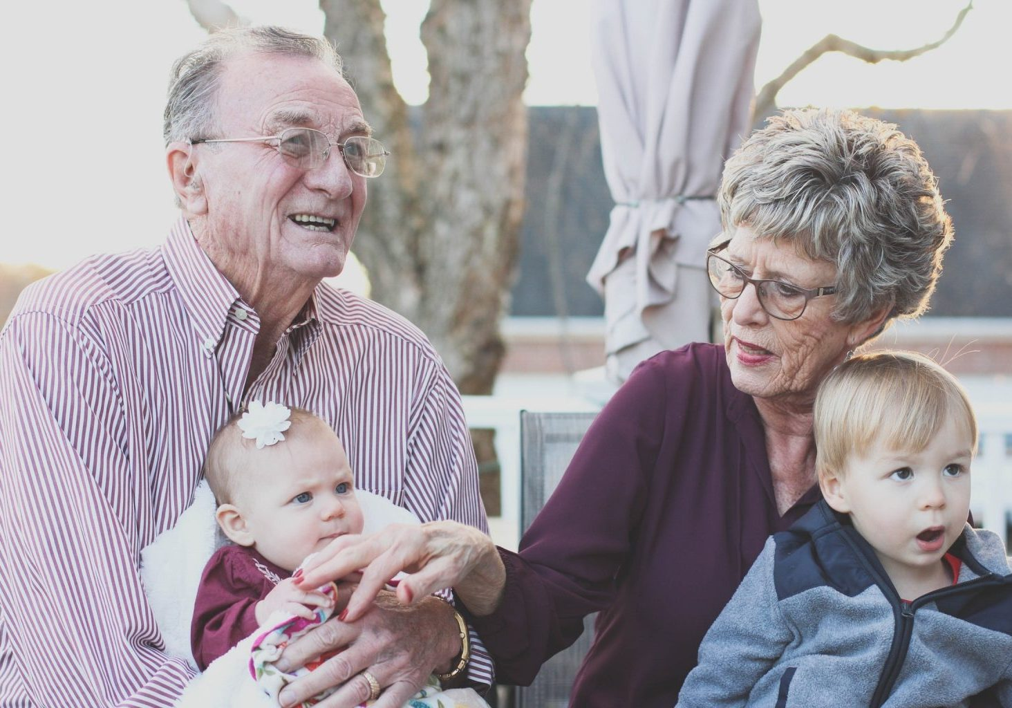 how to stay socially connected in retirement - ocean gardens Perth